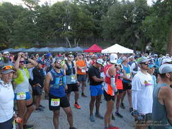 60K, 50K and 25K runners at the Starting line for the 2019 Angeles National Forest Trail Races