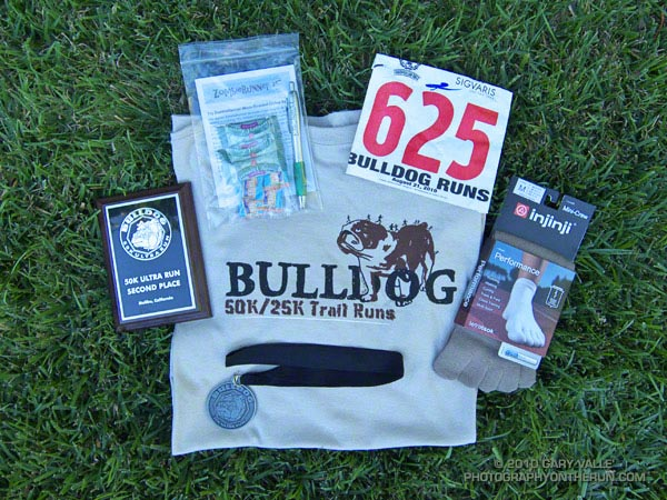 Goodies from the Bulldog 50K. I'd been wanting to try the Injinji socks!