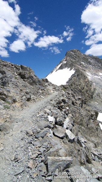 Nearing Glen Pass