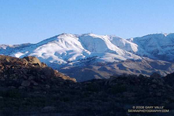 Snow on Oat Mountain. December 18, 2008.