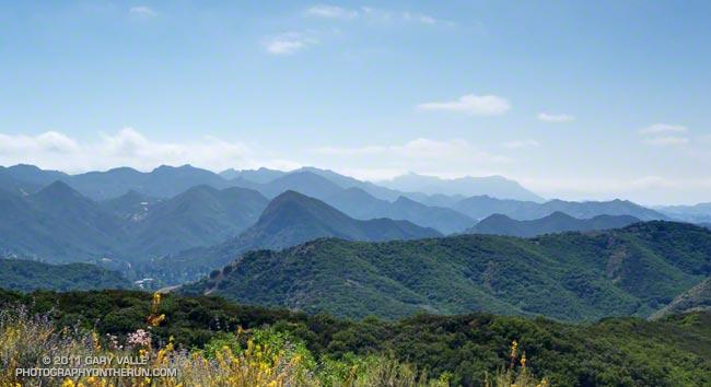 View west toward Boney Mountain from the Phantom Trail