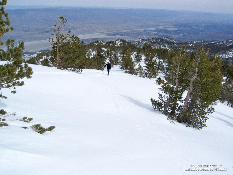 Charles Foster works up the scenic east ridge of Mt. San Jacinto. February 21, 2009.